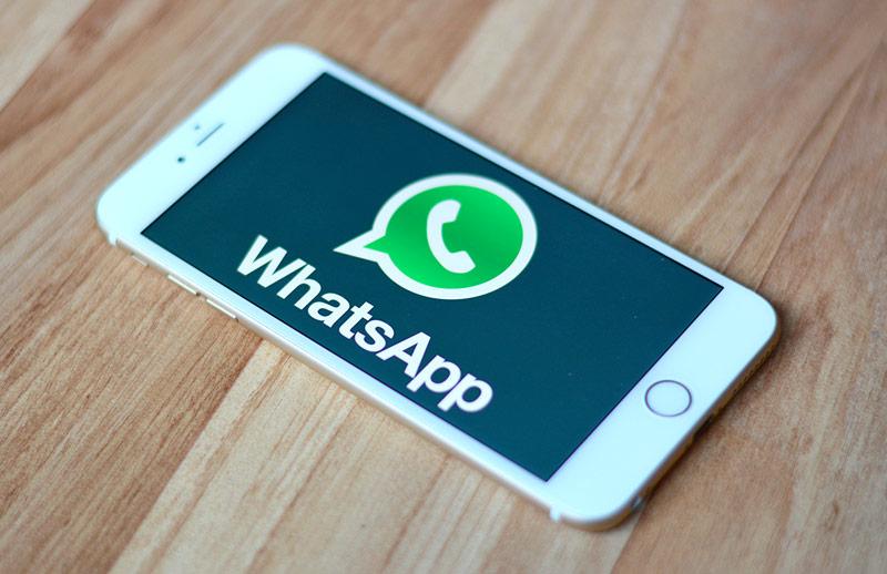 Уведомления в WhatsApp приходят, но с сильной задержкой.